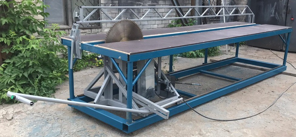 Форматно-раскроечный станок для СИП-панелей фото